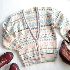 Vintage SCOTTISH Shetland floral striped cardigan